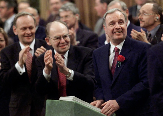 PM CHRETIEN AND DEPUTY PM GRAY APPLAUD FINANCE MINISTER MARTIN
